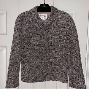 GORGEOUS CHANEL TWEED JACKET CC BUTTONS PINK GREY BLACK SILK LOGO LINED 44 10 12